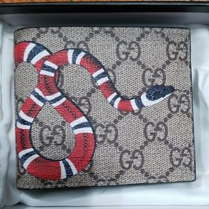 😎Authentic Gucci Wallet Brown Canvas Red Snake